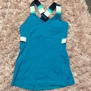 Lululemon athletic top